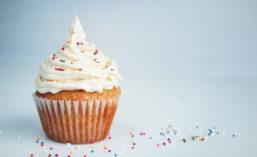 Planteneers_Vanilla_Cupcake_900