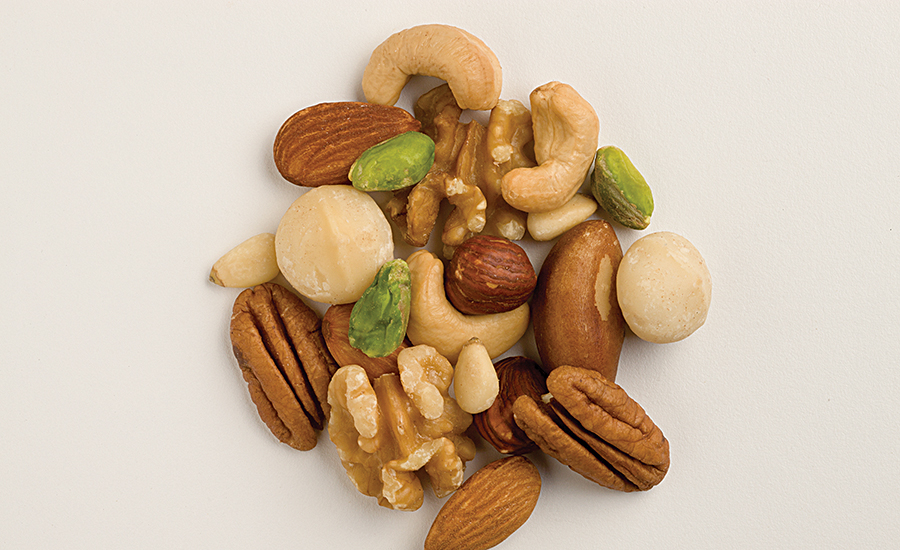 High-fat ingredients such as nuts, dairy, and eggs demonstrate song satiety capacity, helping with weight loss