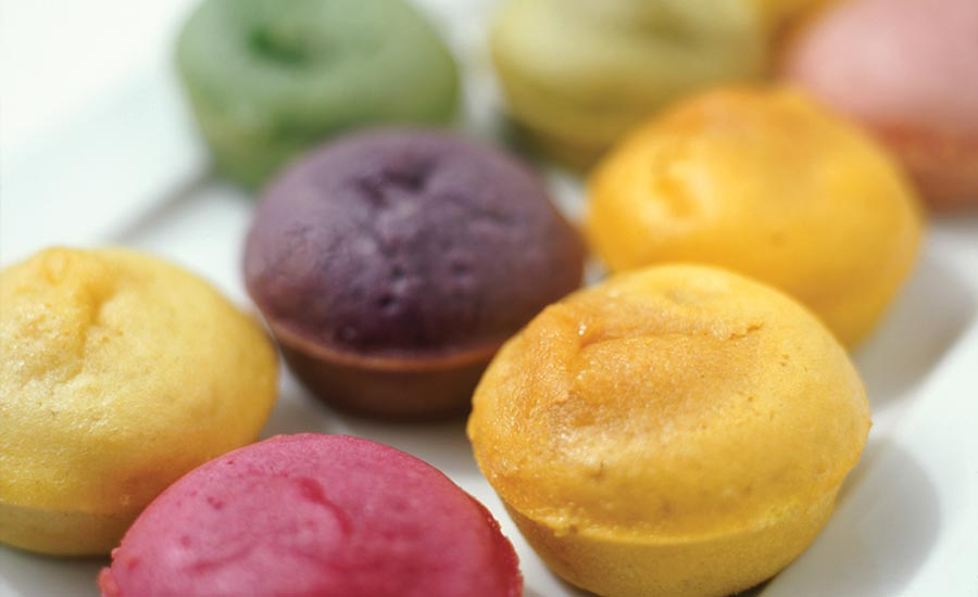 Muffins Colored with Fruit and Vegetable Juices