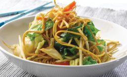Noodle Salad with Seaweed