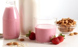AlmondBoard_Milks_900