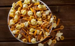 Seasoned Popcorn and Pretzel Mix